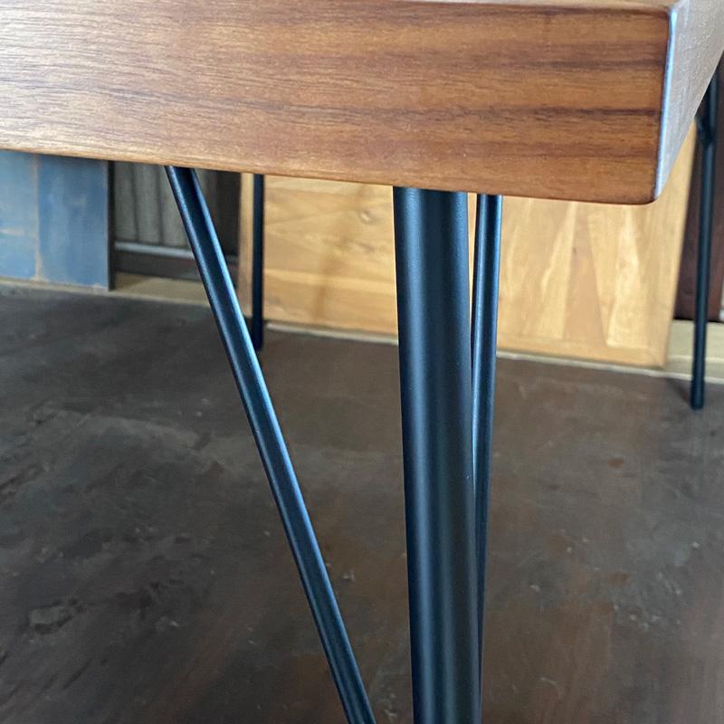 PARCS Dining Table Walnut 展示現品