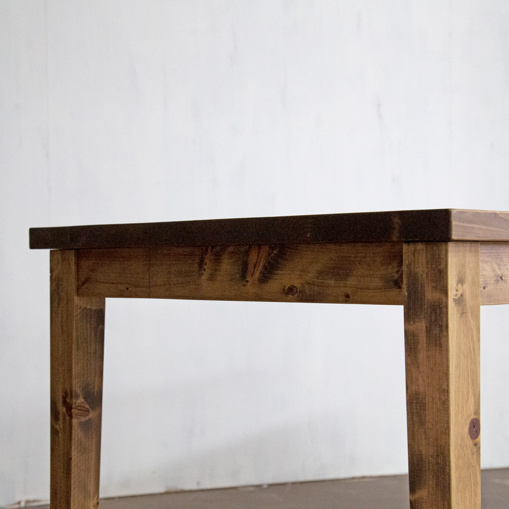 Gatemouth Dining Table