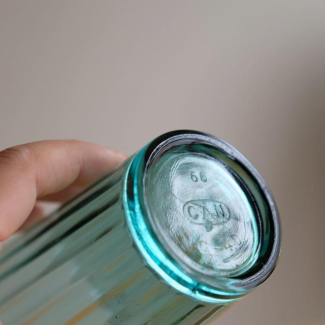 モールガラスのコップ (青緑)