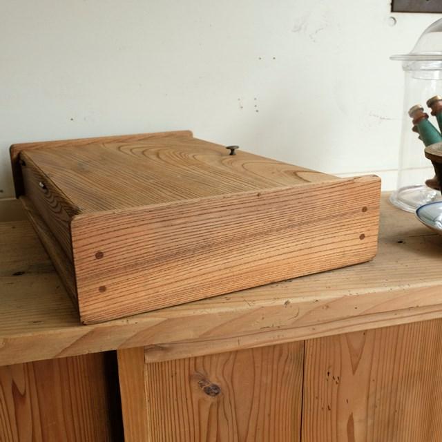 蓋付き木箱