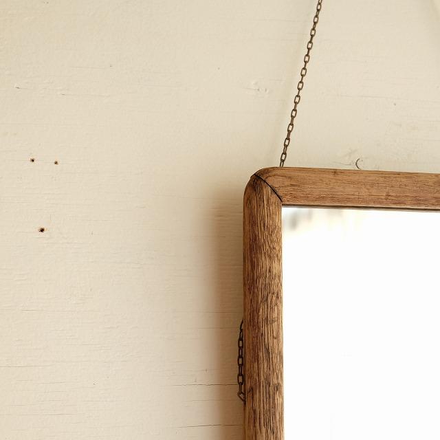 ちいさな壁掛けミラー 鎖付き