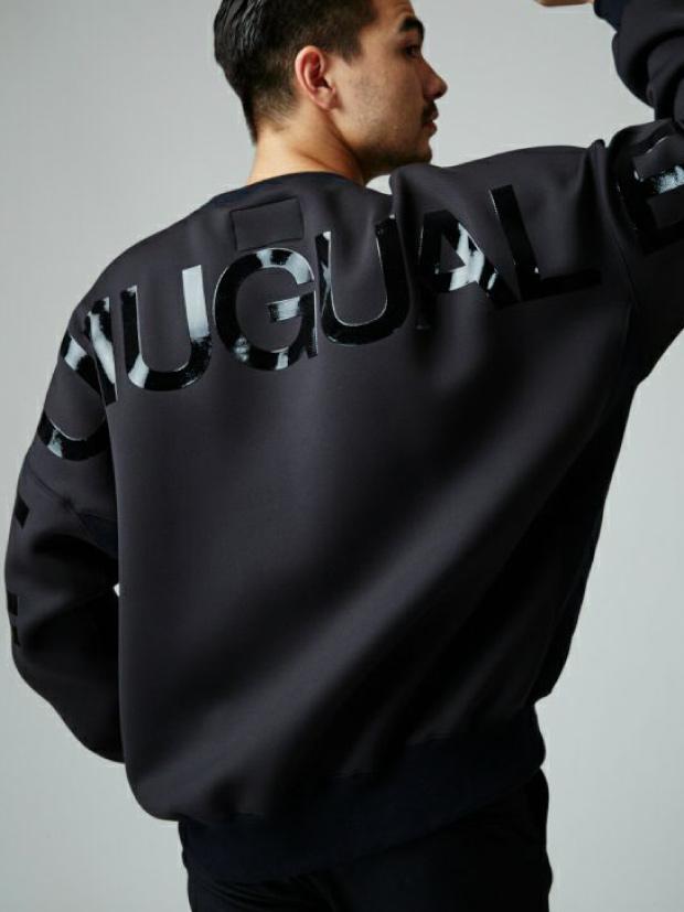 1PIU1UGUALE3 DROP SHOULDER CREW / BLACK