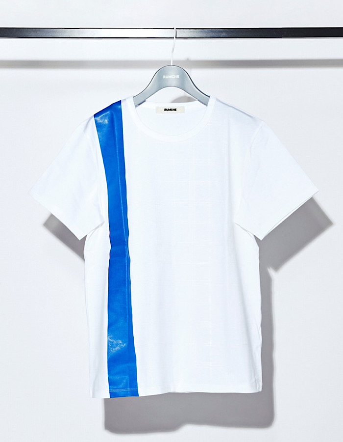 Check Line Print T-shirt / white