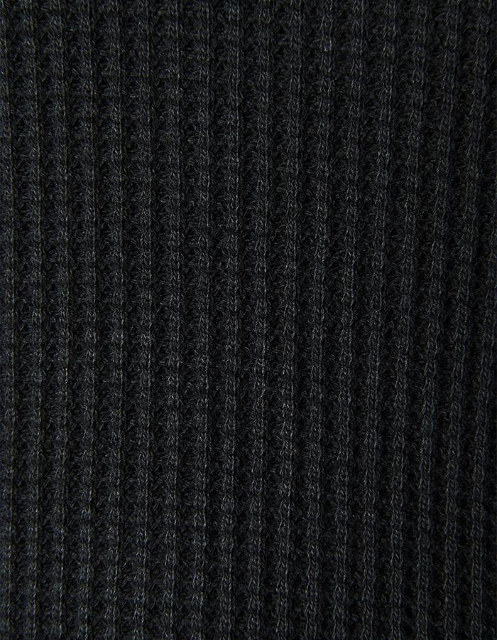 Waffle Asymmetry One-piece / black