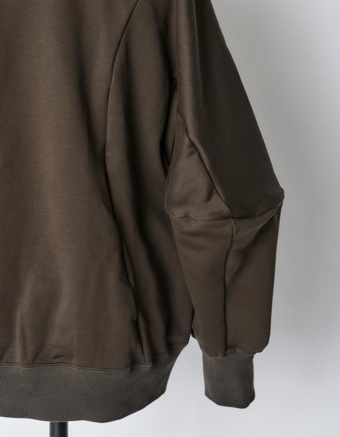 Volume Sleeve Sweat Tops / brown