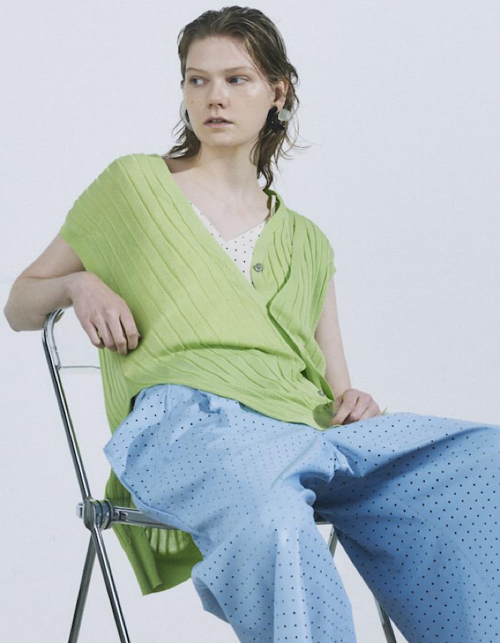 Asymmetry Knit Vest / lime green