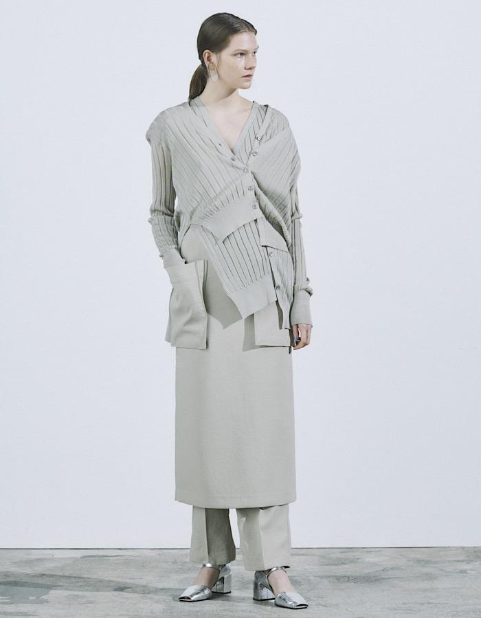 Asymmetry Knit Cardigan / beige