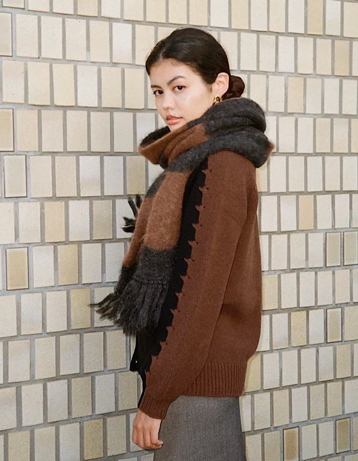 Wave Pattern Big Scarf / charcoal gray