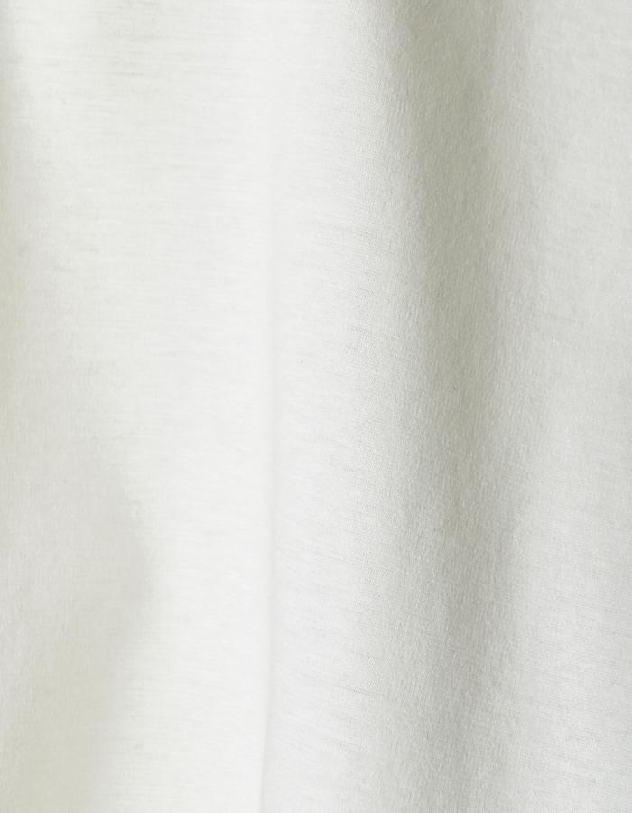 Back Dot Film T-shirt / white