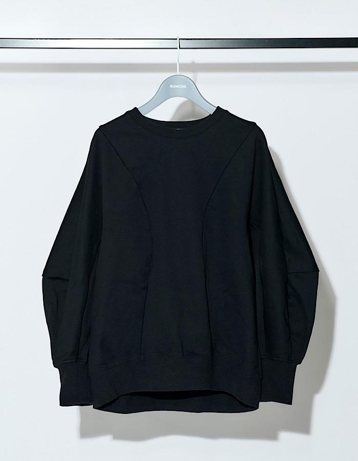 Volume Sleeve Sweat Tops / black