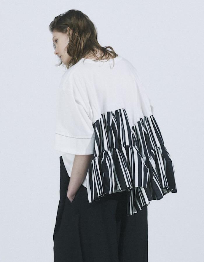 Stitch Tiered Stripe Tops / white