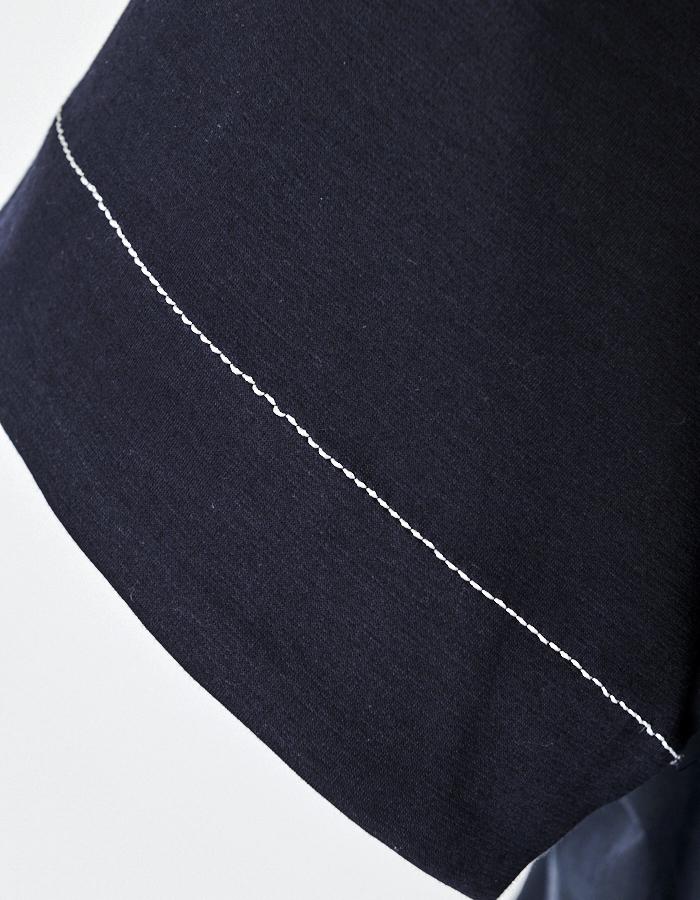 Stitch Tiered Tops / navy