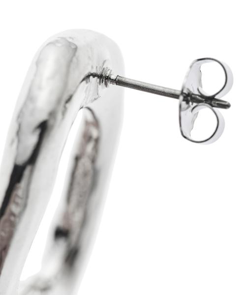 Bumpy Pierced Earrings / silver