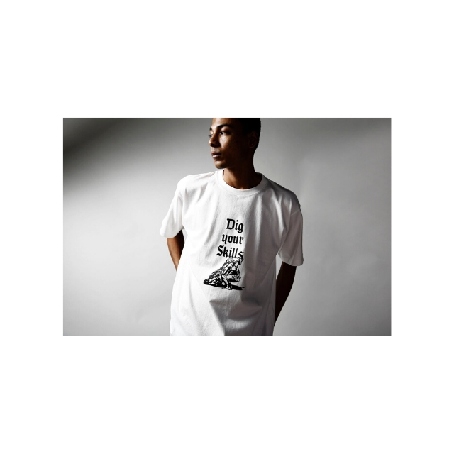 DIG YOUR SKILLS TEE