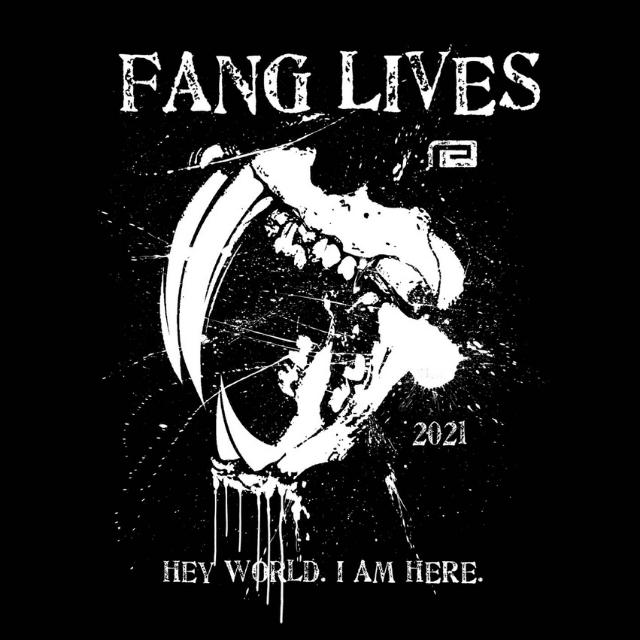 FANG LIVES TEE