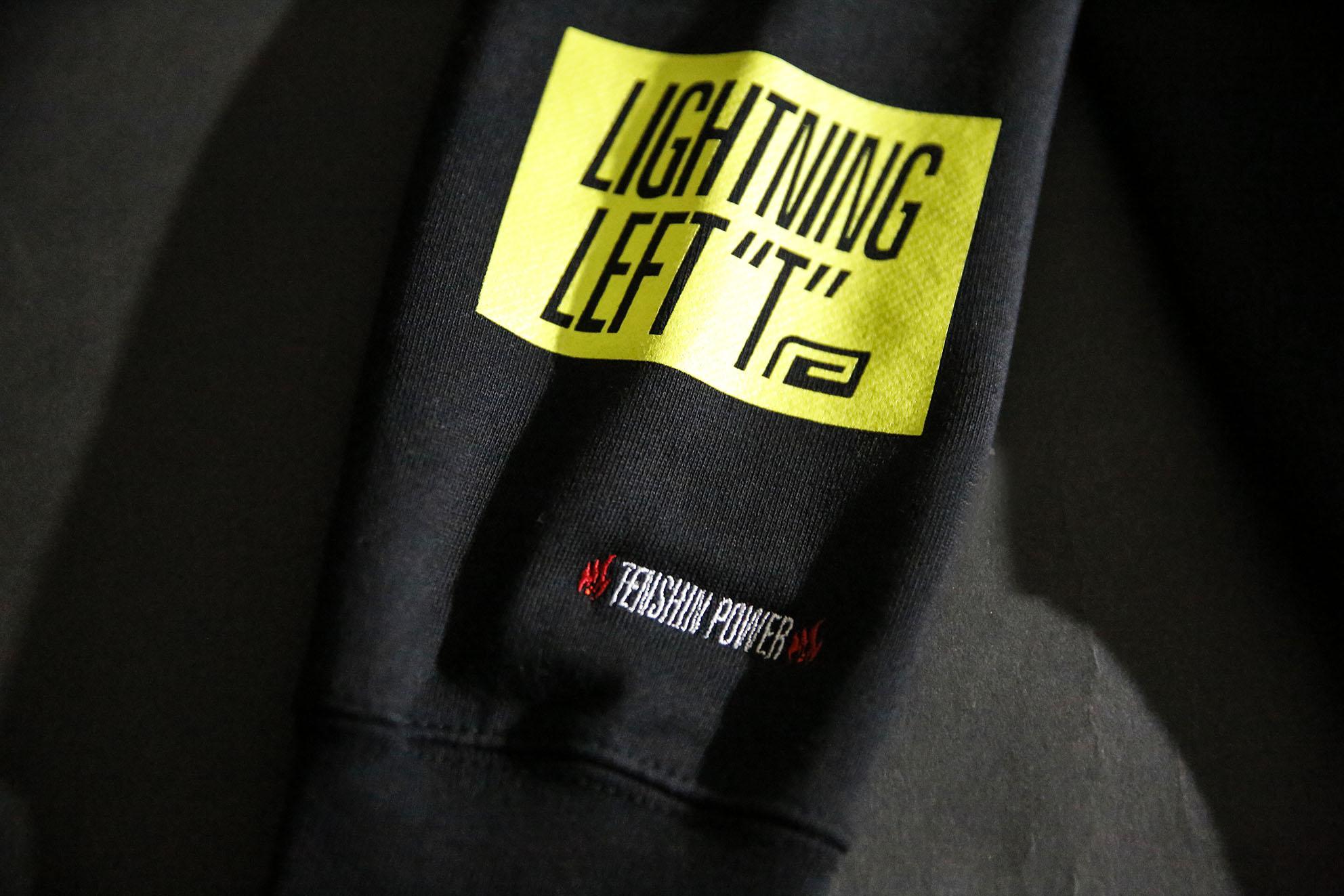 "LIGHTNING LEFT ""T"" PHOTO SWEAT PARKA"