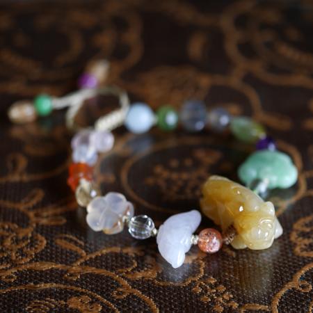 翡翠ピーショーブレスレット 中国結び 富と健康のお守り リング用サイズ 小粒天然石 W5044 Sサイズ 送料無料