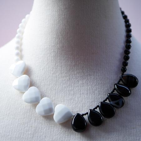 オニキスネックレス オリジナルデザイン 手作り一点物  宝石専門店が作る天然石ネックレス 上質 大人仕様 W6004 送料無料(レターパック+)