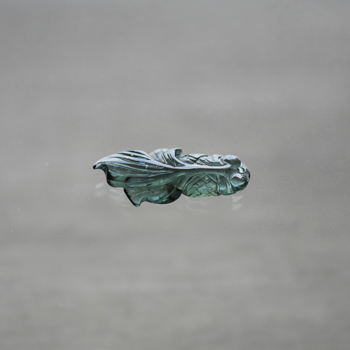 ★特別価格 ブレスレット用フリンジ グリーントルマリン製金魚 W5068-8 送料無料(スマートレター)