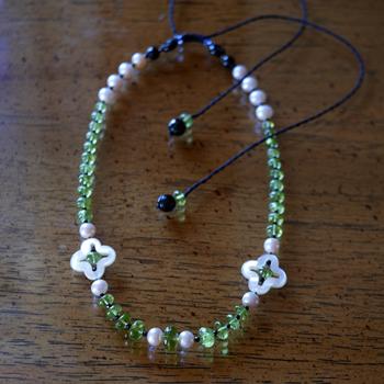 ペリドット・淡水真珠ロングネックレス 特別提供価格 W5092 宝石専門店が作る天然石ネックレス 送料無料