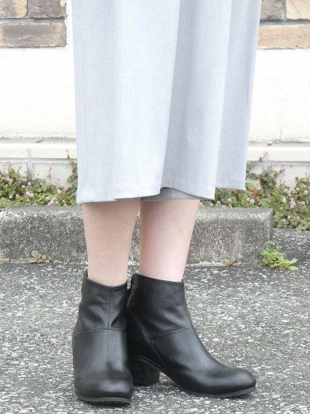yuko imanishi+/ユウコイマニシプラス  ソフトキップレザーバックファスナーショートブーツ ・ 76706 [送料無料]