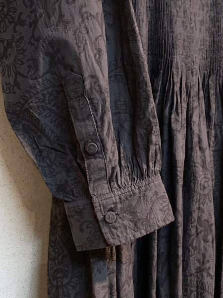 maison de SOIL/メゾンドソイル 80'S VOILE SMALL PAISLEY BLOCK PRINT CREW-NECK P/O DRESS WITH MINI PINTUCK  ・ INMDS20772 [送料無料]