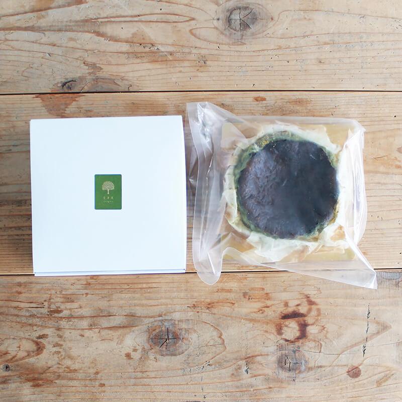 有機煎茶のバスクチーズケーキ(4号)