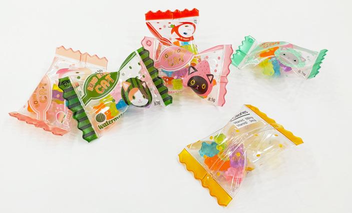 ジャンボキャンディー袋キーホルダー(透明生地・ボールビーズ入り・ボールチェーン付き)