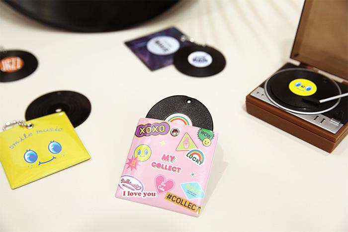 <EVENT>LPレコード型チャーム2個1SET(ボールチェーン付き)