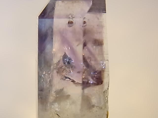 GAJ0007F ナミビアアメジスト 原石(ナミビア産)