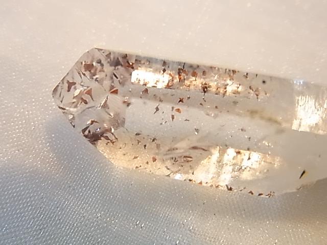 GAJ0008F ナミビアアメジスト 原石(ナミビア産)