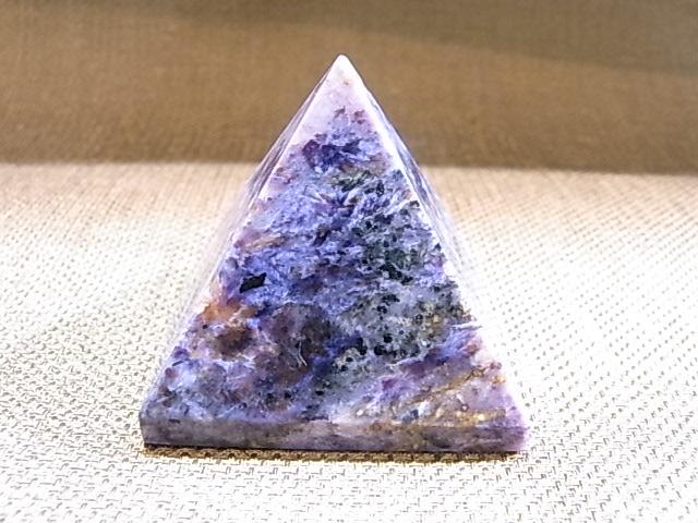 UE00011K チャロアイト ピラミッド