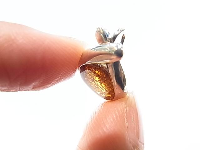 PA00072K アンバー(琥珀) ペンダントトップ リトアニア産