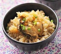 新登場!「ゆず香る・牡蠣の炊き込みご飯の素」