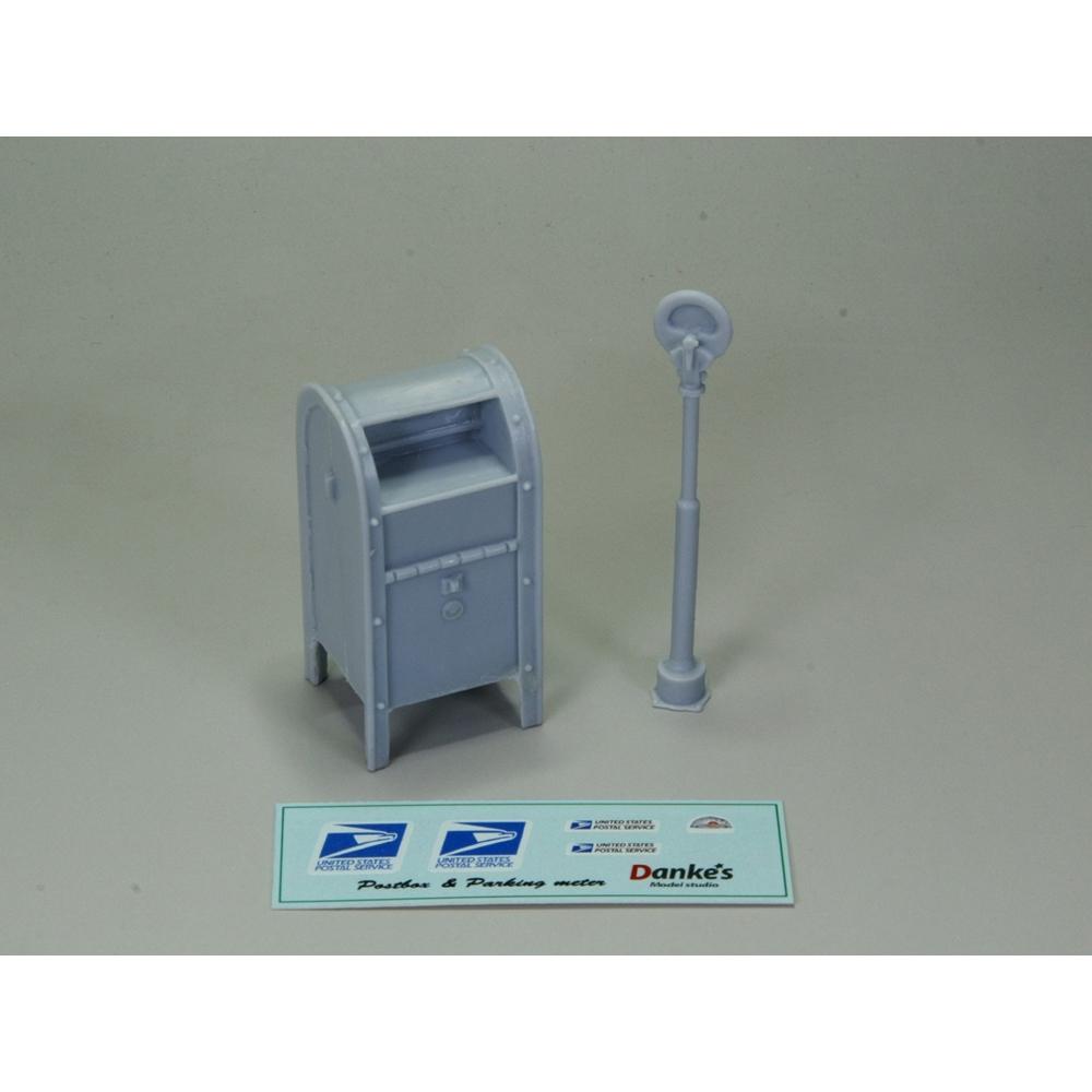 郵便ポストとパーキングメーター :ダンケズモデルスタジオ 未塗装キット 1/25 ST-001