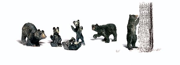 熊 6頭 :ウッドランド 塗装済完成品 O(1/48) 2737