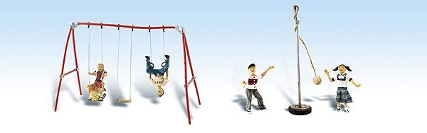 ブランコと遊具で遊ぶ子供 :ウッドランド 塗装済完成品 HO(1/87) 1943