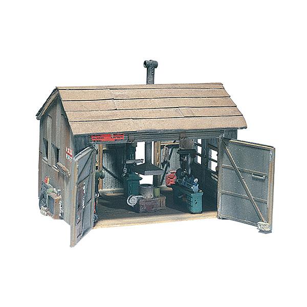 タッカー兄弟の機械工作小屋 :ウッドランド 未塗装キット HO(1/87) D240