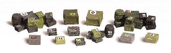仕分けされた荷物、箱、樽 :ウッドランド 塗装済完成品 O(1/48) 2739