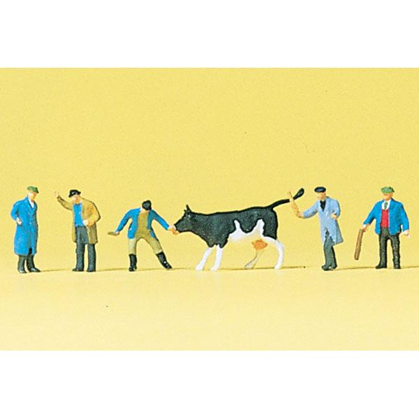 競りに懸けられる牛と業者 :プライザー 塗装済完成品 Z(1/220) 88544