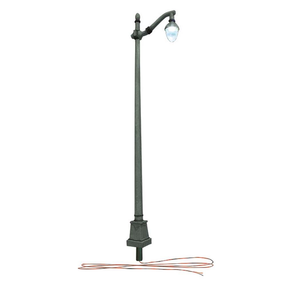 LED付き街路灯 鉄製支柱タイプ HOサイズ 3本セット JP5631 :ウッドランド 塗装済み完成品 HO(1/87) Just Plug対応