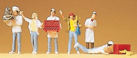 パン屋さんとお客 :プライザー 塗装済完成品 HO(1/87) 10377