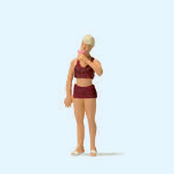 アイスを食べる女性 :プライザー 塗装済完成品 HO(1/87) 28163