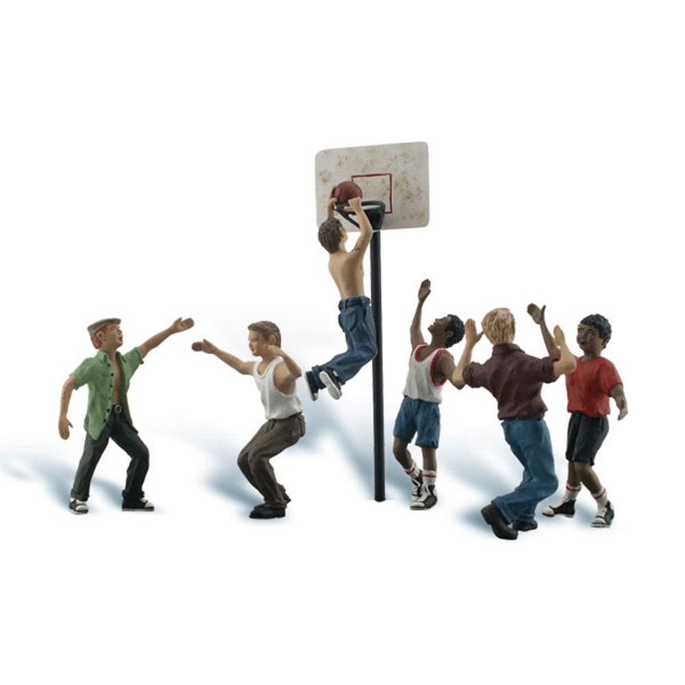 バスケットボールをする人々 :ウッドランド 塗装済完成品 O(1/48) A2760