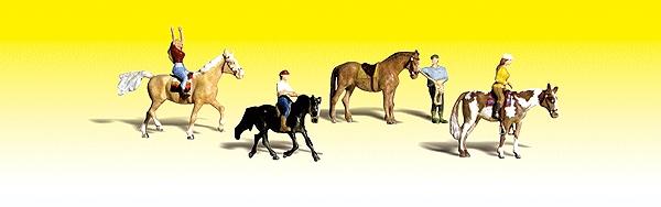乗馬を楽しむ人々 :ウッドランド 塗装済完成品 N(1/160) 2159