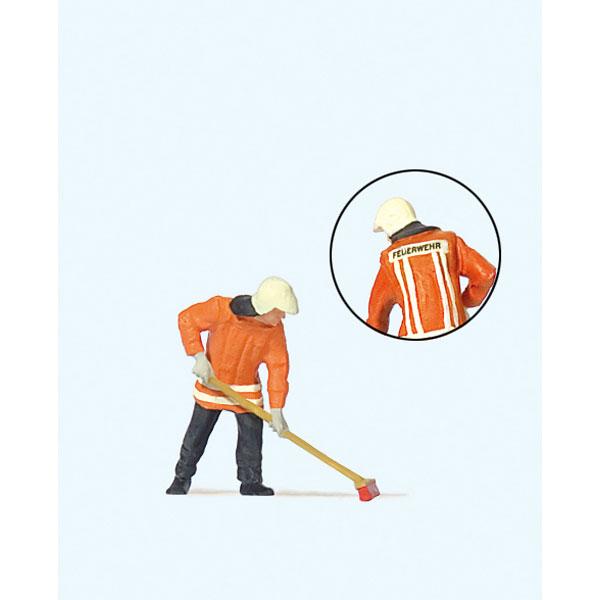 掃除をしている消防士 :プライザー 塗装済完成品 HO(1/87) 28198