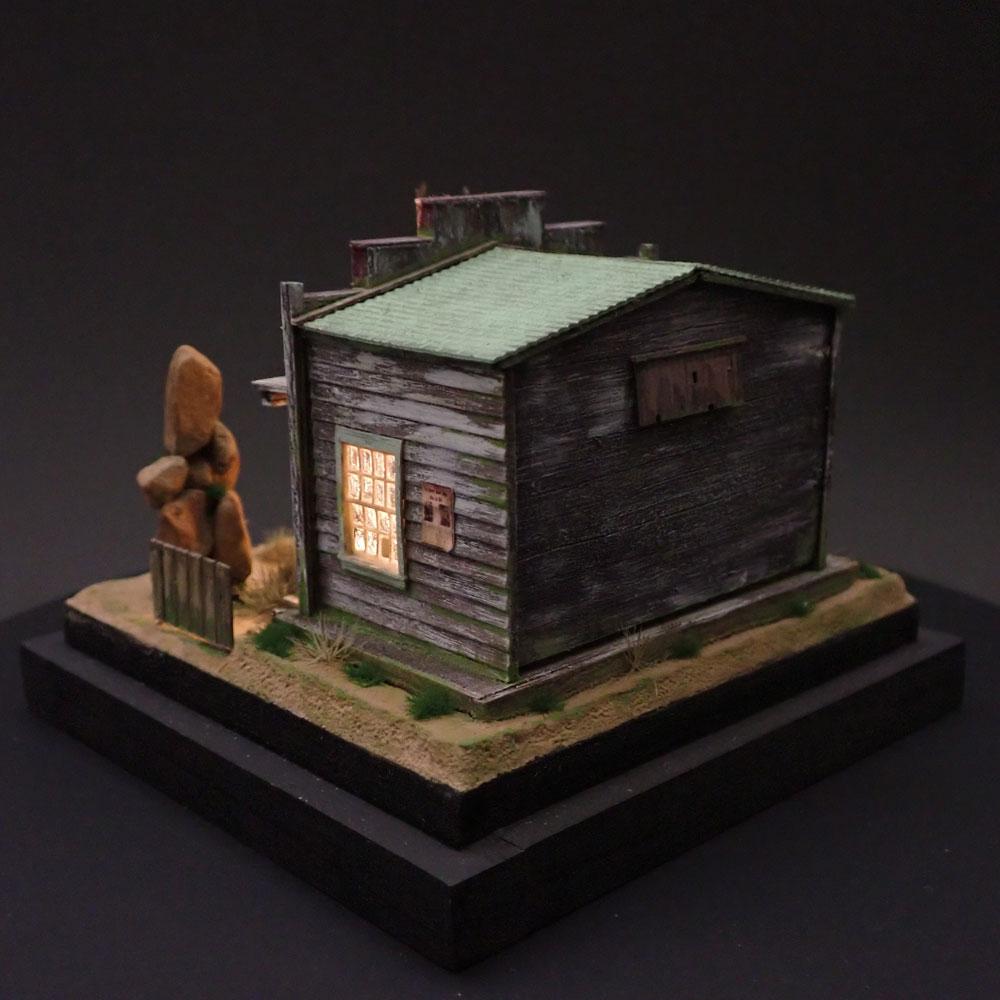 90ミリキューブミニチュア 「WESTERN BAR 7」 :太郎 塗装済完成品 ノンスケール