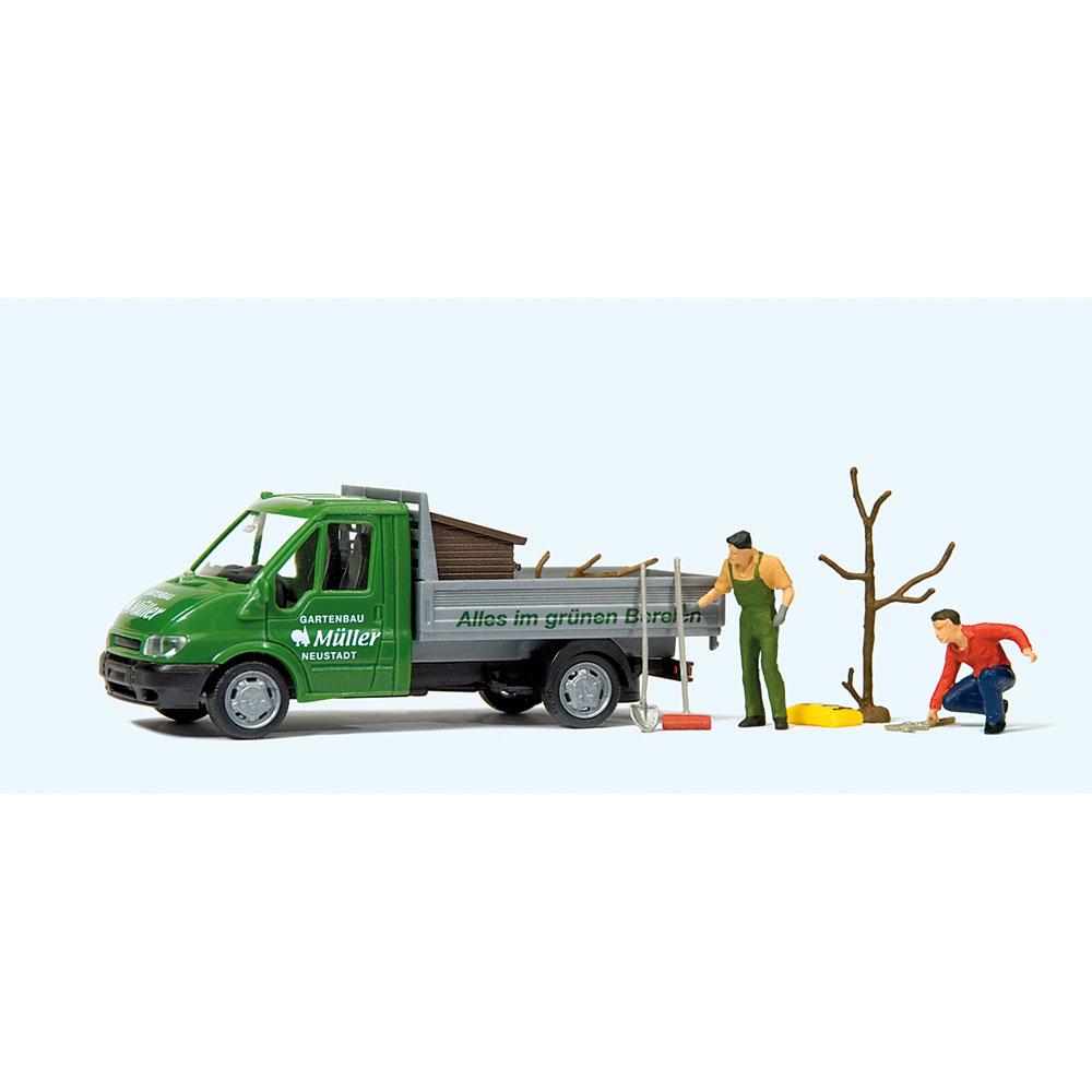 園芸作業する人(フォード・トランジットトラック) :プライザー 塗装済完成品 HO(1/87) 33260