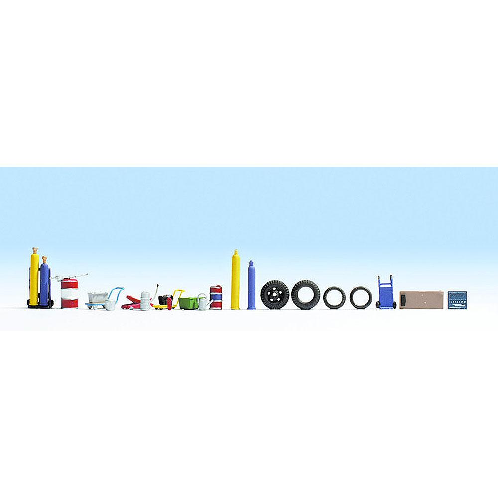 ガレージアクセサリーセット(ジャッキ、寝板、ガスボンベなど) :ノッホ 塗装済み完成品 HO(1/87) 14815