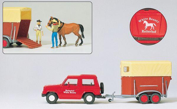 乗馬教室のパジェロとカーゴ 馬1頭 人2名 :プライザー 塗装済完成品 HO(1/87) 33243